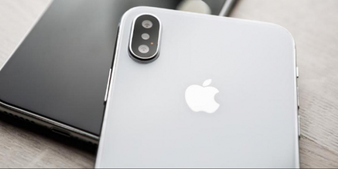 Apple: gli iPhone virtuali sono legali